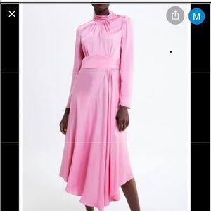 Zara Nwt satin midi dress with buttons! Bloggers